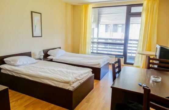 Studio apartment on Aspen Suites